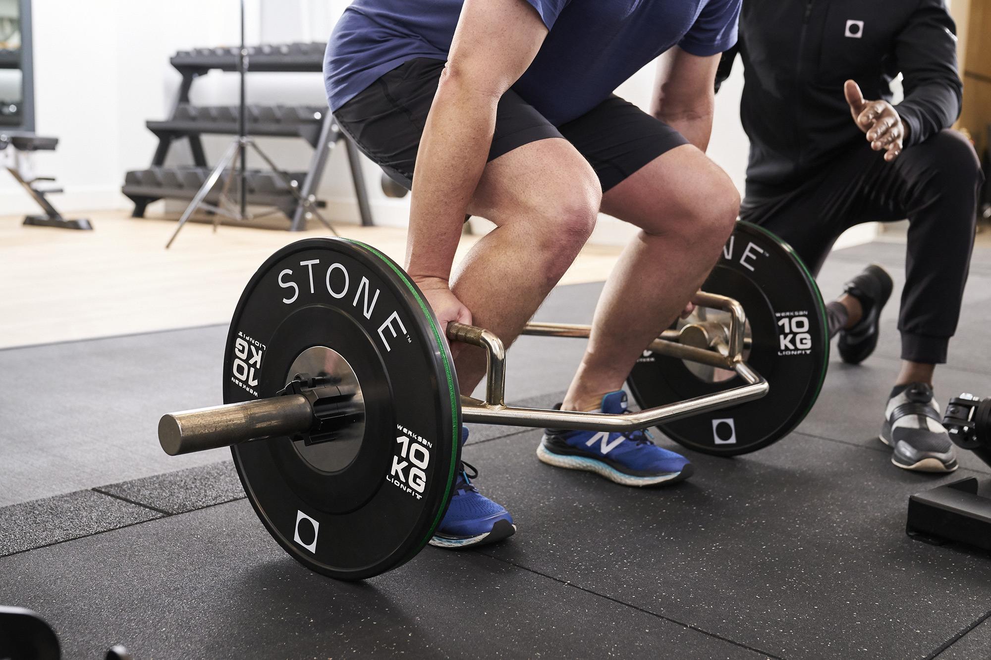 Training squats at STONE